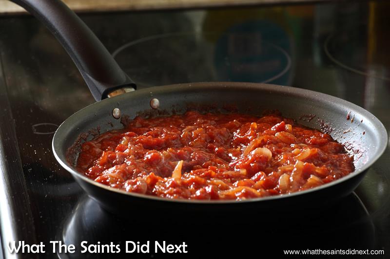 Tomato gravy also on the go