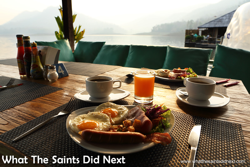 Could there be a breakfast setting more perfect than this?