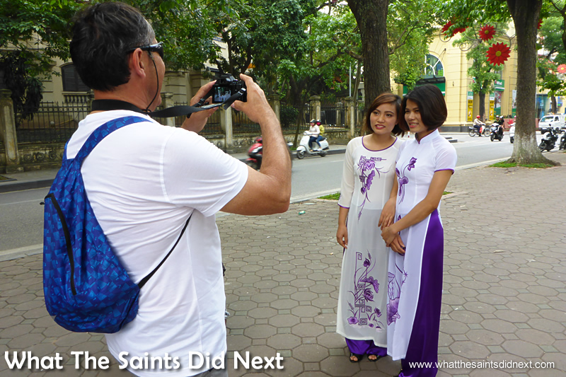 The first photo of the models was actually taken by a tourist.