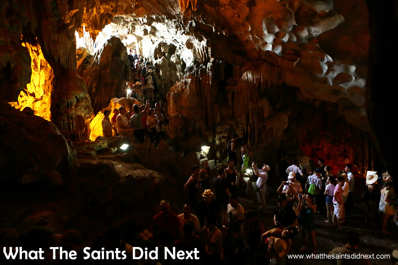 Tourists cramming into the first cave area.