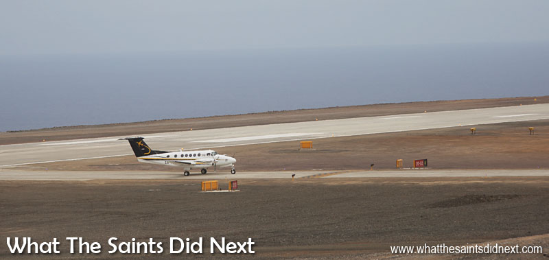 La nouvelle normalité. Il y a des avions sur Sainte-Hélène.