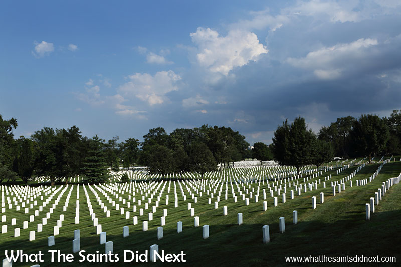 The classic sight of Arlington National Cemetery, that has become famous the world over - the rows and rows of white headstones against a carpet of green grass. The cemetery takes up 624 acres of land.